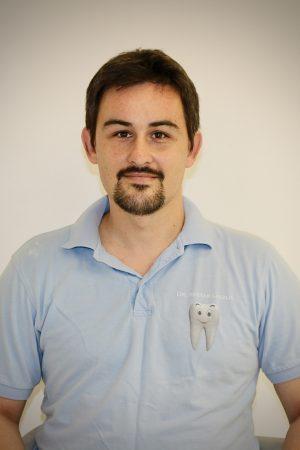 Dr. Restár László